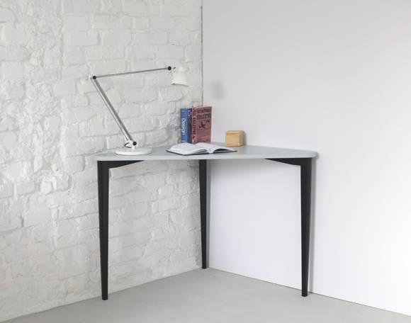 NAJA Corner Desk W114 x L85 x H75cm Black Legs Light Grey